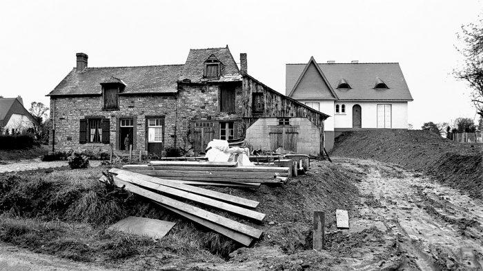 Betton (35), rue du vau chalet, 1975