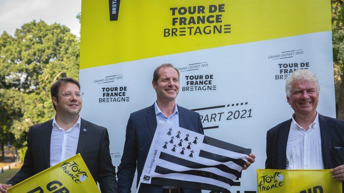 Loïg Chesnais-Girard, Christian Prudhomme et François Cuillandre le jour de l'annonce du grand départ du Tour de France 2021
