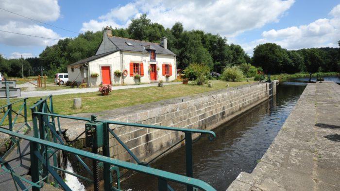 La maison éclusière du Divit, à Pluméliau-Bieuzy (56)